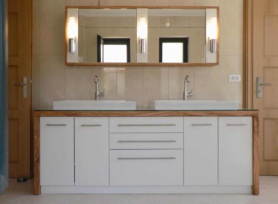 solide holz badm bel inspiration f r die. Black Bedroom Furniture Sets. Home Design Ideas